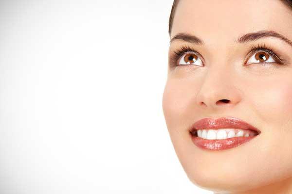 سفیدکردن دندان