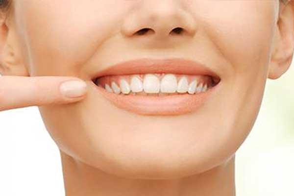 بهترین سن ایمپلنت دندان
